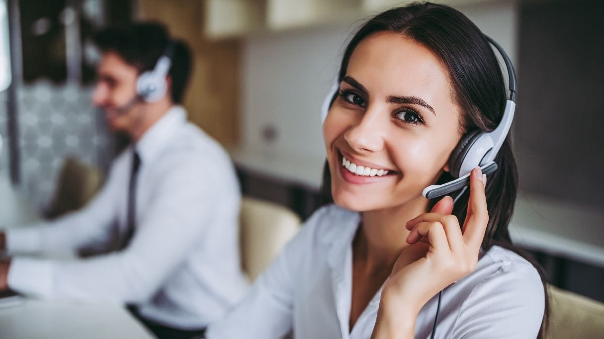 How can someone choose the right phone dialer for their needs? There are a few key points to keep in mind. Two of the most popular phone dialer options are Vulcan7 and PhoneBurner.